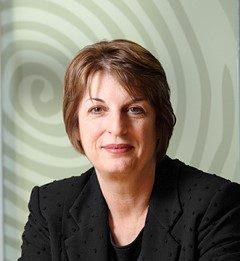 Ms Linda Matthews